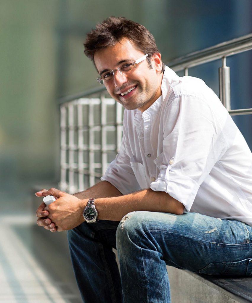 How Sandeep Maheshwari Earns Through ImagesBazaar Model